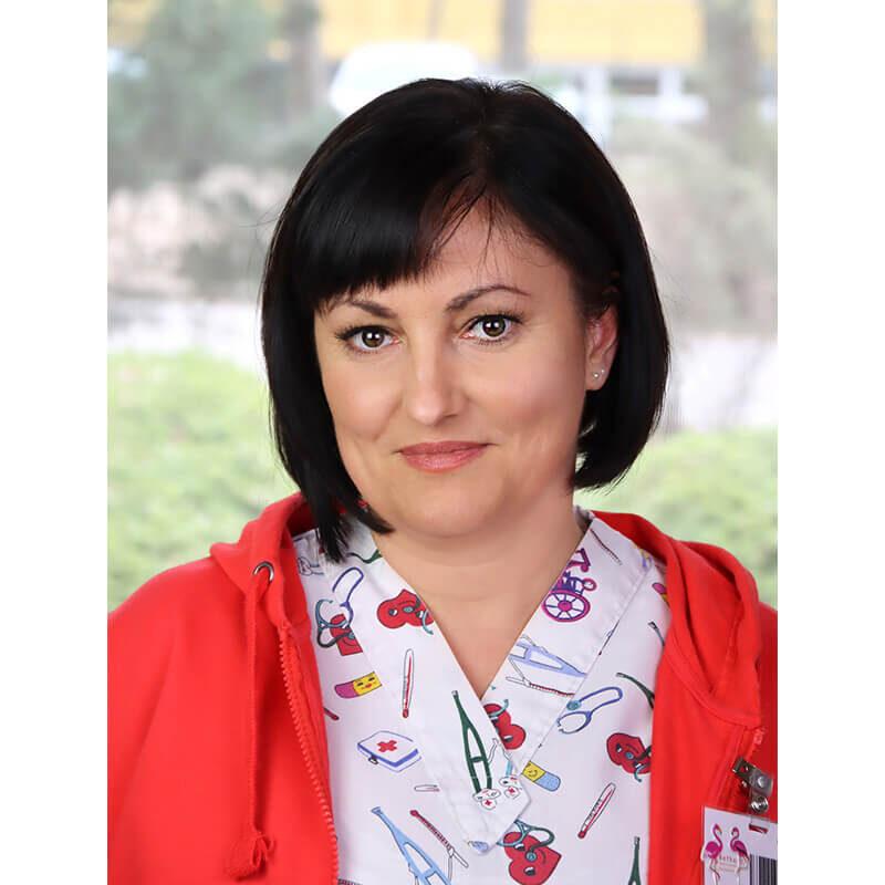 Dr. Aichert Gabriella