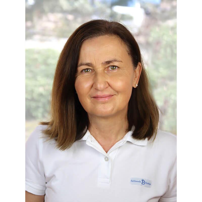 Dr. Éliás Tünde