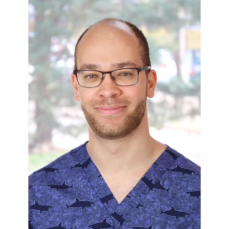Dr. Omoregbee Félix