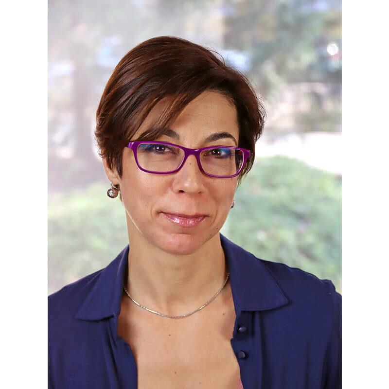 Dr. Stefka Nóra