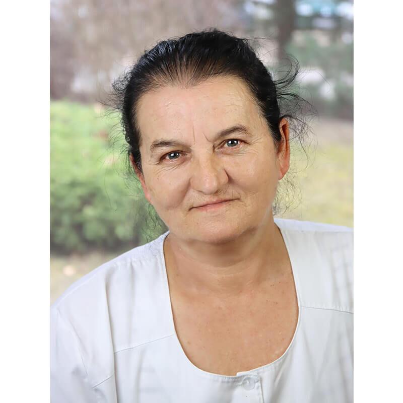Csikós Erzsébet