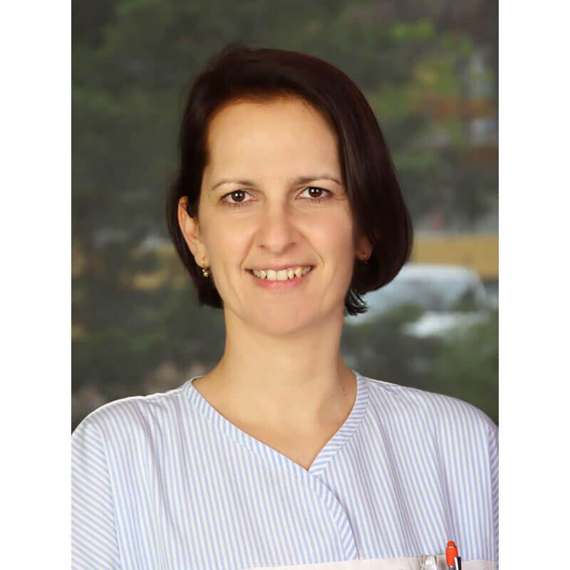 Dr. Pál Csilla